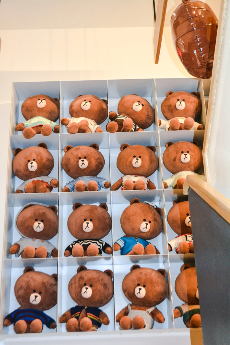 Alternative Seoul Itinerary: LINE Friends Store vs Kakao Friends Store